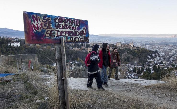 El eterno problema de la okupación de las cuevas en Granada