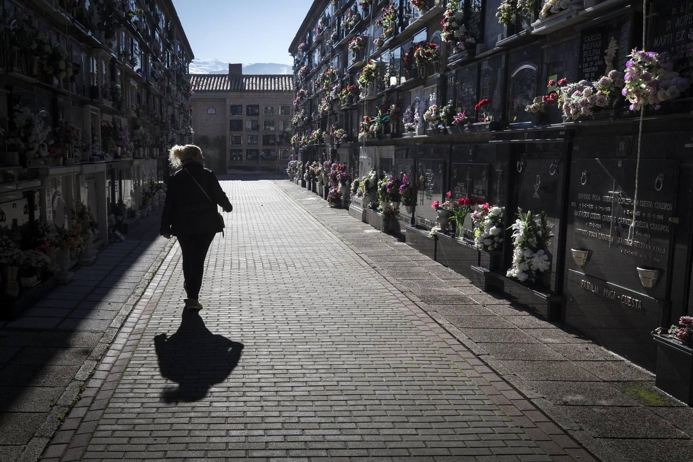 Día de Todos Los Santos 2018 en el cementerio de Granada