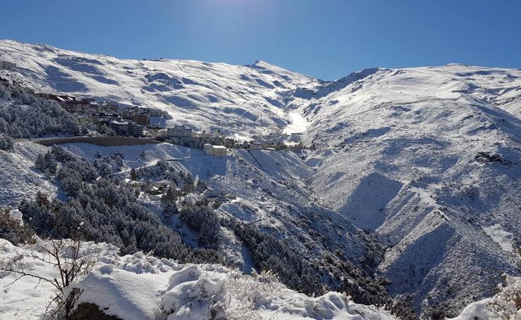 El placer de esquiar un mes antes de tiempo