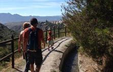 5 rutas de senderismo para disfrutar con niños en Granada