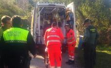 Un hombre, herido grave en Almuñécar al caer de un árbol cuando intentaba coger granadas