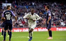 Vinícius y la suerte salvan al Real Madrid