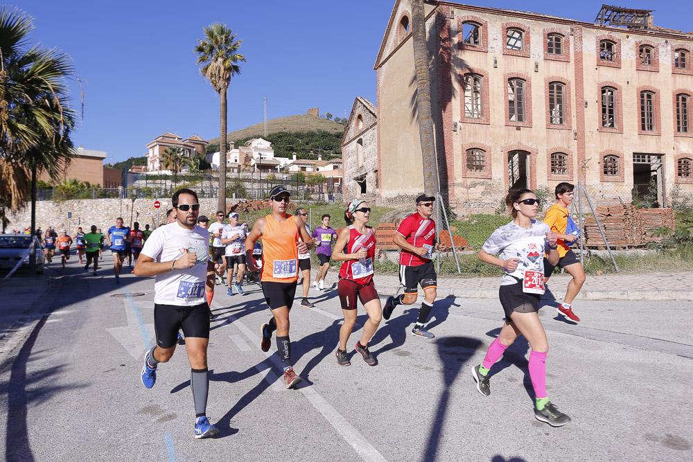 Media Maratón de Motril: Paso por la Fábrica del Pilar