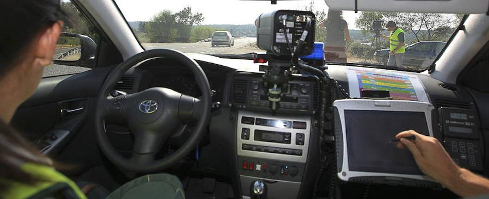 Tráfico redobla los controles en las carreteras secundarias