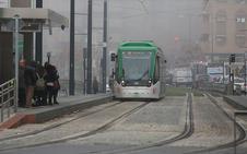 Otro choque entre el metro de Granada y un coche en el PTS provoca retrasos en el servicio