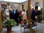 Colas para votar en la sede del Colegio de Abogados de Granada