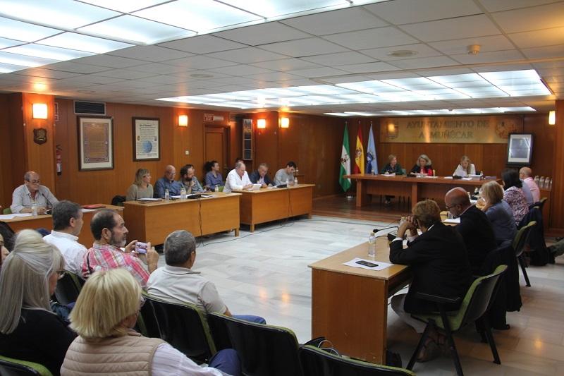 El pleno de Almuñécar abordará cuestiones sobre el mercado municipal