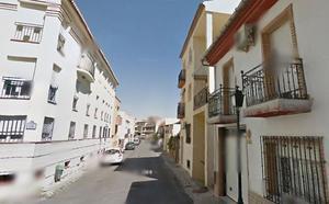 Desalojadas 15 personas y atendida una mujer por inhalación de humo en un incendio en Las Gabias