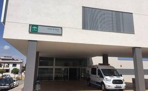 Salud contratará hasta final de año a 126 profesionales en Almería