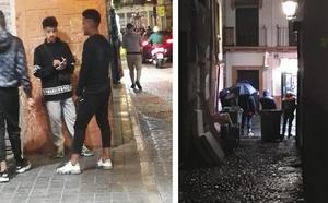 Denuncian la presencia de «menores traficando con droga y prostituyéndose» en la calle Elvira