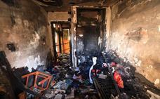 Investigan si el incendio en un edificio de Las Gabias con 15 desalojados fue provocado