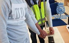 Nueve detenidos en Fuente Vaqueros por falsificar las autorizaciones de regreso a España para extranjeros