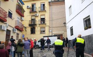 Sólo 1 de las 5 personas heridas en el incendio de la calle Hornos Negros permanece hospitalizada