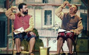 Malaje Solo hace chanzas de los clásicos en el teatro Alhambra