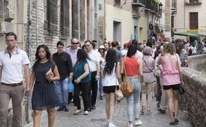 El espectacular tiempo que va a vivir Granada el domingo: un día primaveral