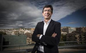 «Hemos dicho y lo mantengo que los votos de Ciudadanos no van a servir para que la señora Díaz y el PSOE sigan gobernando. Nadie entendería que eso sucediera»