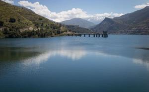 Los embalses de Granada acumulan el doble de agua que el año pasado