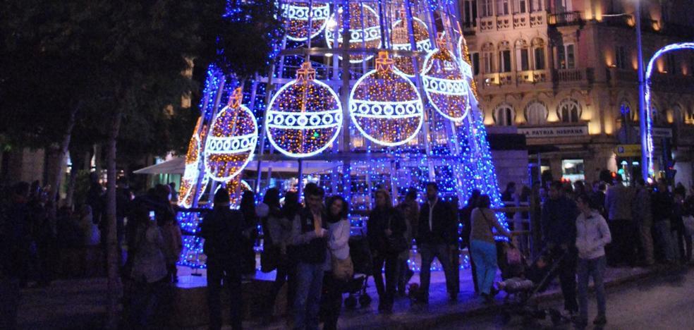 Un cirio gigante y un espectáculo de vídeo-mapping en Plaza Vieja, en el encendido navideño este año