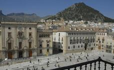 El Ayuntamiento inicia el proceso para hacer fijos a más de 600 trabajadores