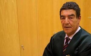 «Si se va a poder aprobar Bachiller con un suspenso, ¿por qué no Medicina? ¿Irían los ministros o diputados a un médico con un suspenso?»