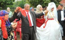 Un patriarca turco celebra con 200 nietos la boda de su vigésimo cuarto hijo