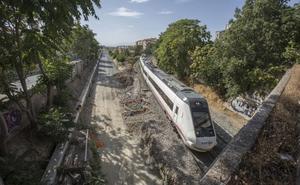 Renfe quita uno de los trenes regionales a Sevilla «por ajustes en los horarios»