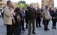 Pensionistas se concentran de nuevo en el Paseo de Linarejos