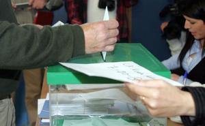 Unas 15 candidaturas pugnarán por la docena de escaños de Almería en el Parlamento