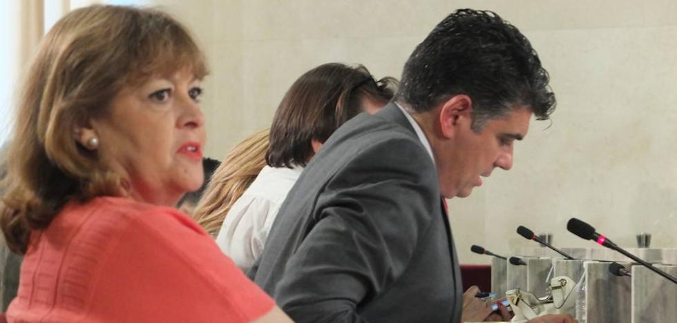 Mabel Hernández acusa a Cs de «pasividad y completa inoperatividad» en su caso