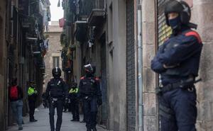 Dos detenidos en uno de los narcopisos registrados en el Eixample, Barcelona