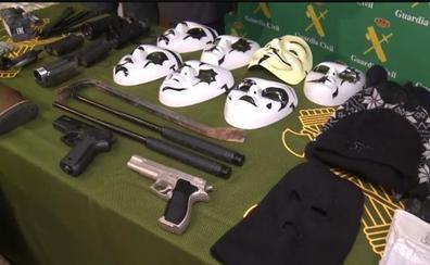La Guardia Civil evita el secuestro de un empresario y detiene a los 14 miembros de una banda criminal