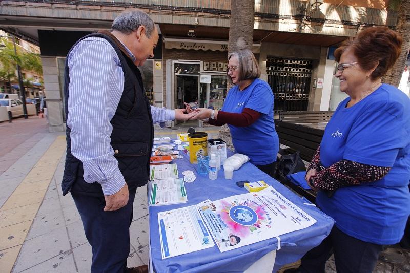 Motril celebra el día dedicado a la diabetes con información