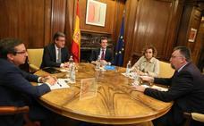 El PP invita ahora al PSOE a su cumbre constitucionalista tras el plantón de Rivera