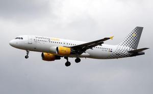 Un juzgado de Jaén obliga a Vueling a indemnizar a una mujer a la que cancelaron su vuelo