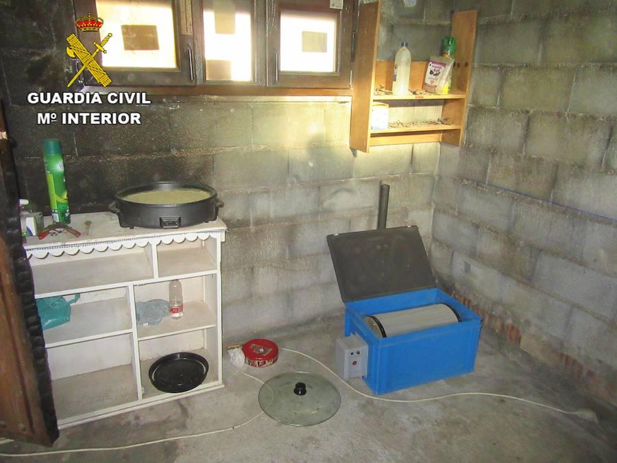 La Guardia Civil desarticula un laboratorio para la elaboración de hachís en Cenes de la Vega