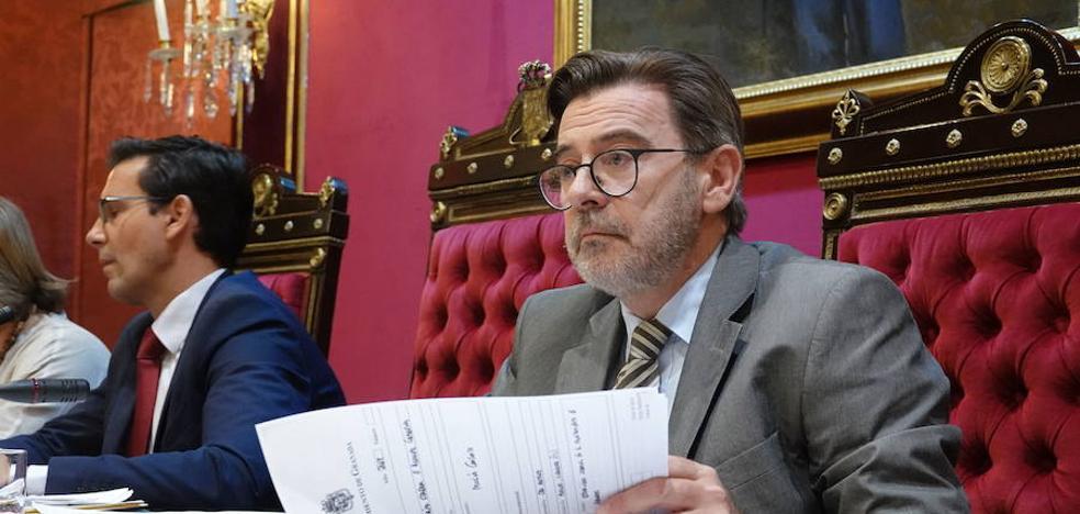El Ayuntamiento de Granada propone amortiguar un 1% el incremento del IBI y subirlo a las grandes empresas