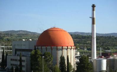 El Gobierno fija para 2030 el fin de las nucleares, al no prever alargar su vida más allá de 40 años