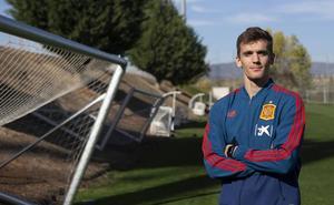 Diego Llorente: «Ojalá podamos igualar lo que ha hecho Piqué»