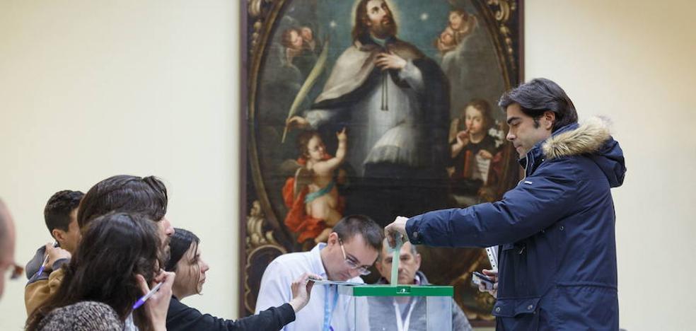 Comprueba en qué colegio electoral y mesa has de votar este domingo en Granada