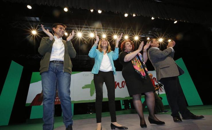 Susana Díaz pide a andaluces que acudan masivamente a las urnas para contestar a la derecha que «nos insulta»