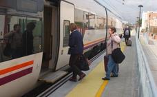 Renfe recuperará el lunes el cuarto tren con Sevilla pero durará más de siete horas