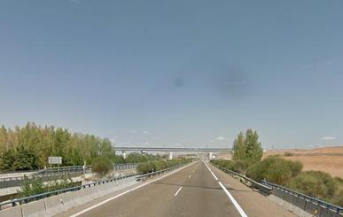 'Cazan' a un menor sin carnet conduciendo a 219 kilómetros por hora