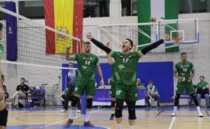 No pesan los años, pesa el voleibol de Soria y Almería