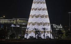 La navidad empieza a lucir en Granada