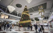 La campaña de Navidad dará empleo a 8.400 granadinos, un 6% más que el año pasado