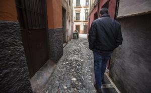 La Policía Nacional continúa con el dispositivo de seguridad en la zona de la calle Elvira y Albaicín
