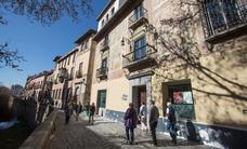 Les piden tres años de cárcel por irregularidades en la venta de un hotel a los pies de la Alhambra
