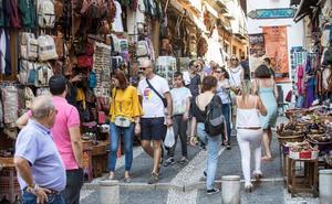 La legalización de pisos turísticos hizo crecer el número de visitantes un 45% este verano