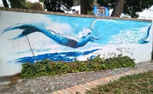 Amplían la pintura de la Sirena en Escoriaza, mientras la Policía Local aún busca a su autor