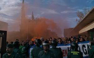 200 funcionarios de prisiones en la huelga de Jaén